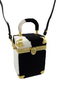 https://s3.amazonaws.com/zeckosimages/MU23A-square-handbag-black-white-fur-gold-1H.jpg