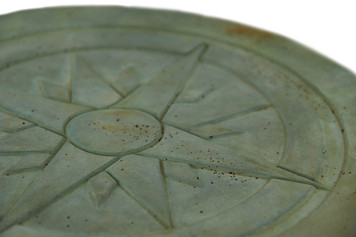 https://s3.amazonaws.com/zeckosimages/72-5203-25-SET-stepping-stone-compass-1I.jpg