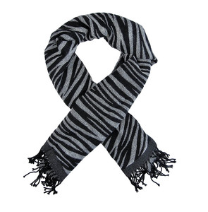 https://s3.amazonaws.com/zeckosimages/2326-black-gray-large-zebra-stripe-scarf-RE1I.jpg