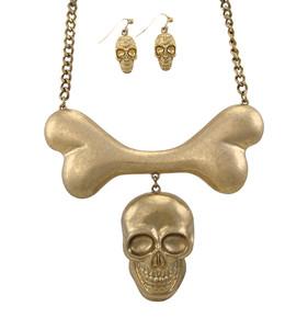 https://s3.amazonaws.com/zeckosimages/MS25-large-skull-bone-gold-necklace-earring-set-1H.jpg