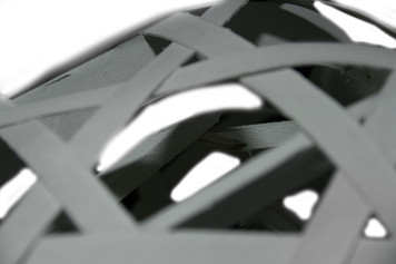 https://s3.amazonaws.com/zeckosimages/D-TP-U0757-woven-wood-scratch-dent-glass-lantern-1I.jpg
