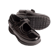 Hatchbacks Ava Girls Shoe : Patent Black Toddler sizes 5c-8c