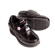 Freestyle Patent Black/Pink: Young Kids sizes 9c-3k