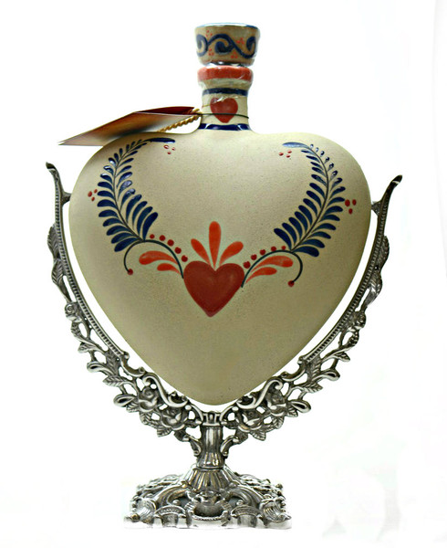 GRAND LOVE CERAMIC HEART TEQUILA EXTRA ANEJO 1.75l