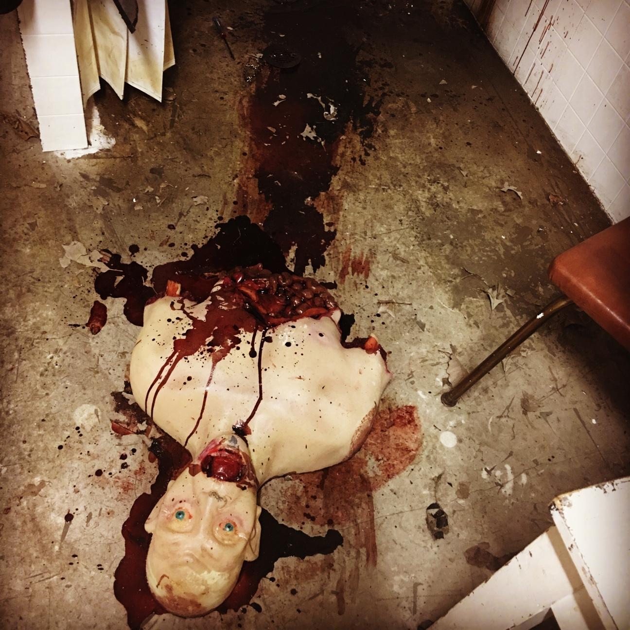 eat-corpse.jpg