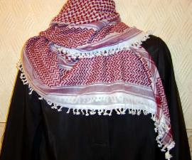 Maroon & White Shemagh With Tassels