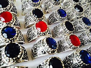 ALI Arabic Desert Saudi Mens Unisex Gem Stone Ring Black Red Blue Thobe Saudi