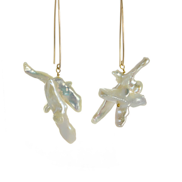 Duomo - Pearl Earrings, zoom: Duomo earrings in gold-tone, French wire dangle double-cross freshwater tooth pearl earrings suspended on mixed metal wire