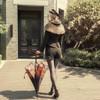 Model Show (hat: P00598, jacket: CT00292, shorts: SP00191, shoes: D00012)