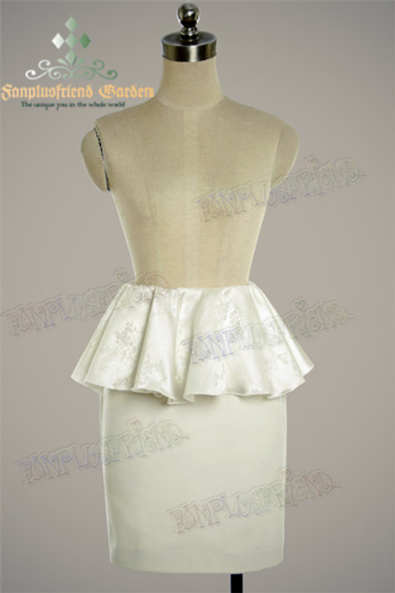 Front View (white wool + white brocade version)