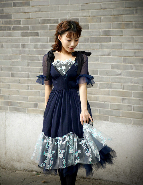 Model Show (Dark Blue + Black Ver.) (tulle petticoat underneath: UN00026)