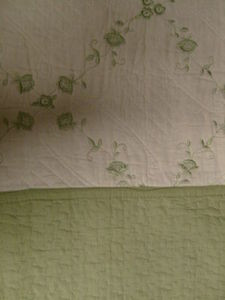 3 Pcs 100% Cotton KING QUILT / BEDSPREAD Beige & Sage