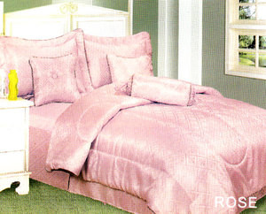 MUST SEE brand new QUEEN Luxurious 7 pc. COMFORTER set
