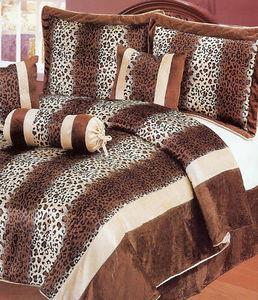 KING MicroFiber Bed in a Bag 7p Comforter Set - Leopard