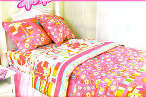 """Barbie"" Twin 3 pc.Comforter +Fitted sheet +Pillow case"