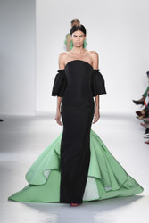 Christian Siriano Spring 2018 Ready To Wear Look 15
