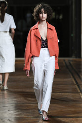 Paul and Joe Spring 2018 Ready To Wear Look 11