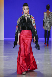 Naeem Khan Fall / Winter 2018 Ready To Wear Look 31