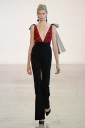 Badgley Mischka Fall / Winter 2018 Ready To Wear Look 13