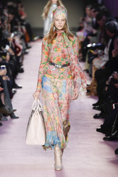 Blumarine Fall / Winter 2018 Ready To Wear Look 15