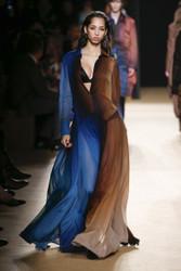 Roberto Cavalli Fall / Winter 2018 Ready To Wear Look 19