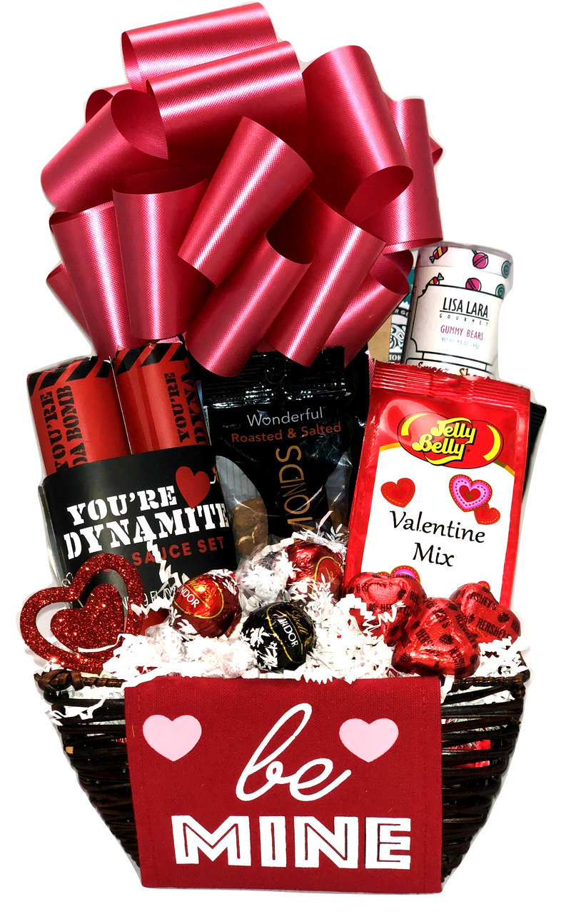 Versatile valentine gift baskets the gifted basket are you looking for a sweet gesture to show someone that you are their secret admirer we have a superb selection of valentines gifts that can let your negle Images