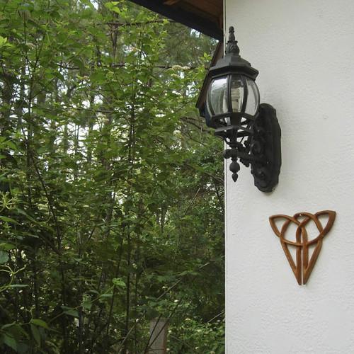 Cat Knot-Independence-Celtic Wood Carved Feline-Triquetra variation