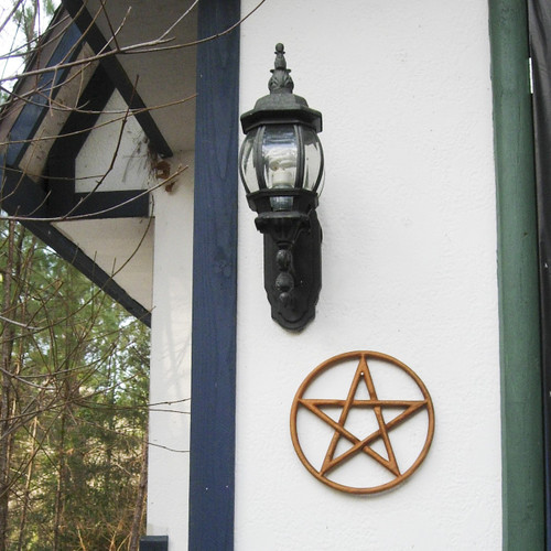 Pentacle-Encircled Pentagram - Contain and Protect - Eternal Cycle