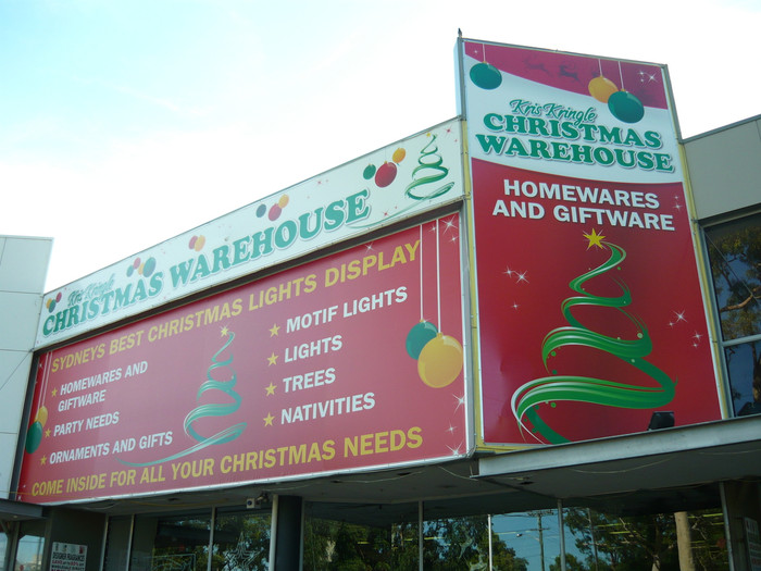 Christmas Warehouse Banner with Kedar Roping & Sail Track