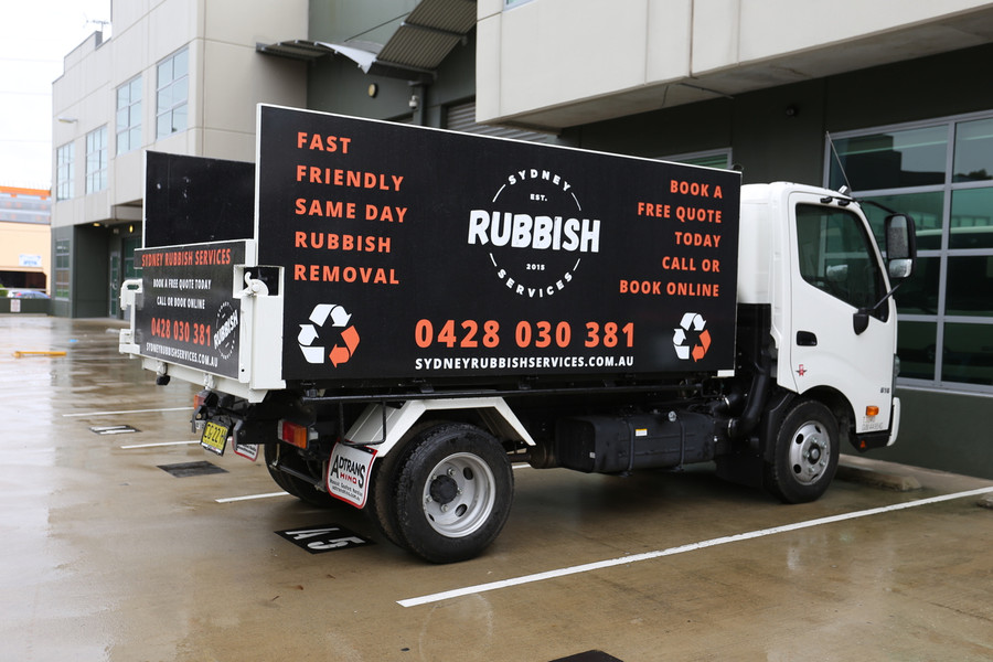 Sydney Rubbish Truck