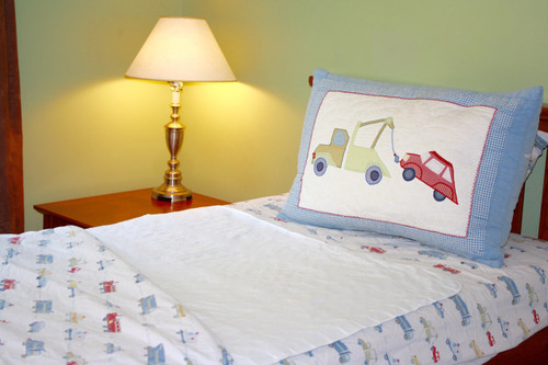 Wet-Stop waterproof hypoallergenic mattress pad and bedding protection from bedwetting and incontinence