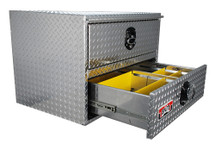 Brute heavy duty tool box features drawers with adjustable dividers