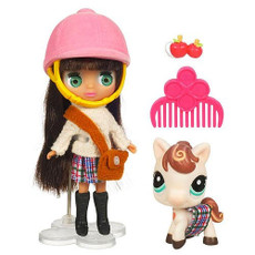 Blythe Mini Doll with Little Pet Shop Cold Playfully Plaid