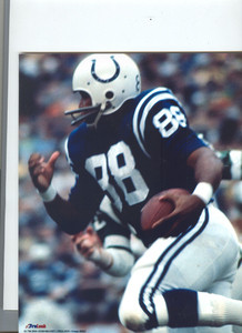 John Mackey 16x20 Photo Playing the Rams