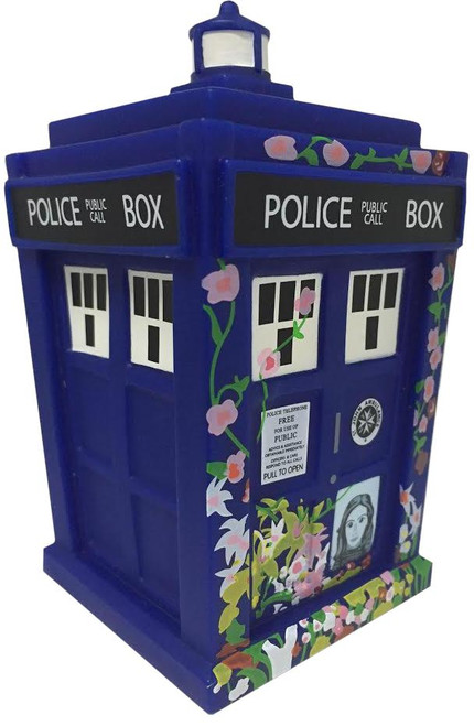 "Doctor Who ""Clara Tribute TARDIS"" 4.5"" Titan Vinyl Figure"