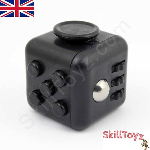 Fidget Cube - Six sides – six functions – endless fidgeting! Colour: Black