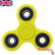 Shown with yellow finger spinner finger pads fitted over the Si3N4 ceramic centre bearing. Ready to play!