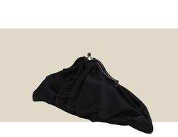 CROISSANT CLUTCH - Black