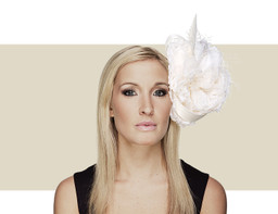 GIANT FLOWER HEADDRESS - Ivory