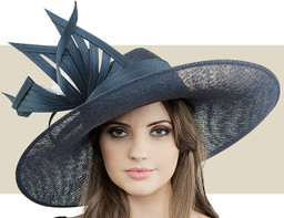 SWEEPING SIDEBRIM - Navy and White