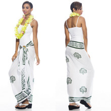 "Celtic Sarong, ""Shamrock Trinity"" White / Green"