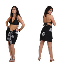 "Skull Half Sarong ""Black And White"""