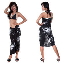 Big Hibiscus Floral Sarong in Black