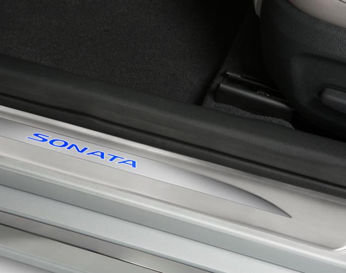 Hyundai Sonata LED Door Sill Plates (J092)