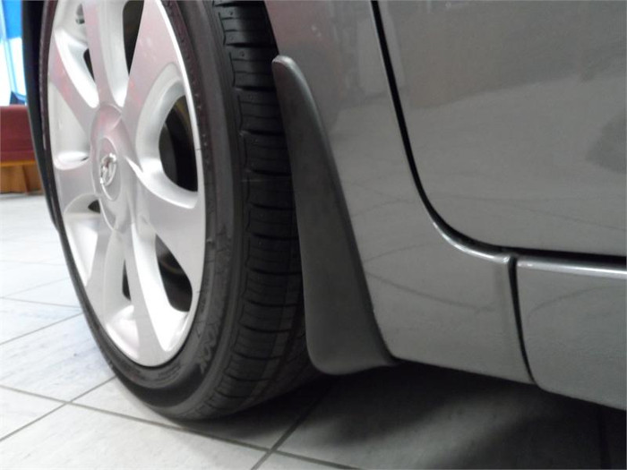 Hyundai Elantra Mud Guards (D057)