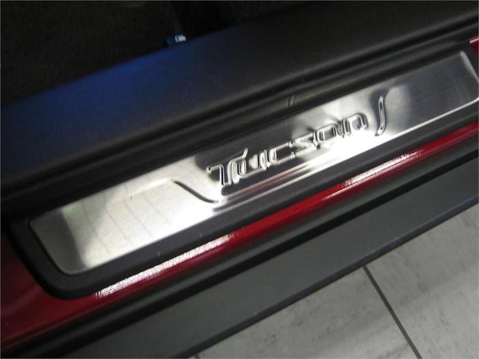 Hyundai Tucson Door Sill Plates (L082)