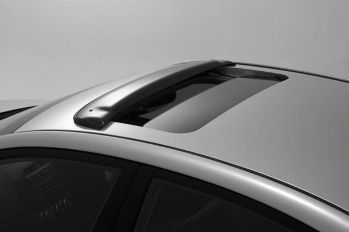 Hyundai Elantra Touring Sunroof Wind Deflector (E002)