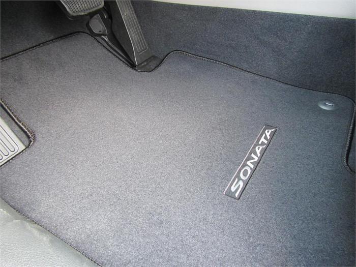 Hyundai Sonata Floor Mats (J071)