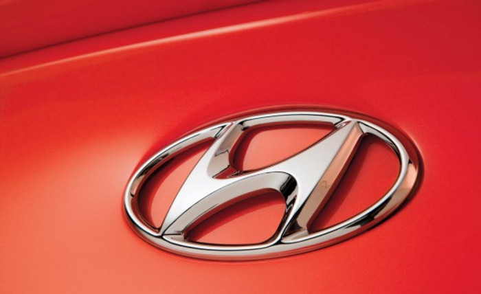 Hyundai Genesis Coupe Emblem