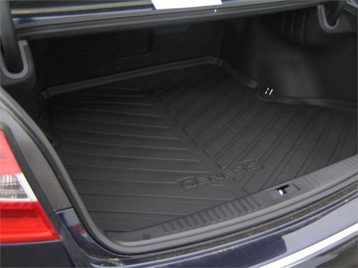 Hyundai Genesis Rubber Cargo Tray (F006)